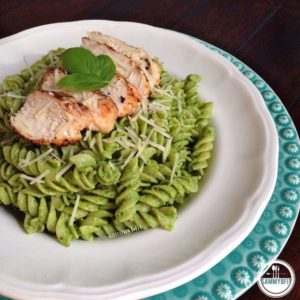 9e6c261639dba67710536c6aec3d23e8-avocado-pesto-pasta-grilled-salmon